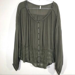 Free People | Green Sheer Bottom Button Blouse L